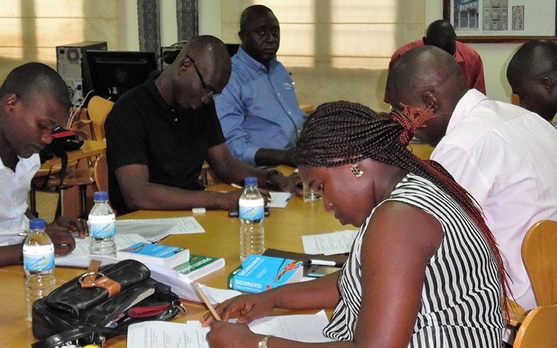 RECEB Reforma curricular na Guiné-Bissau