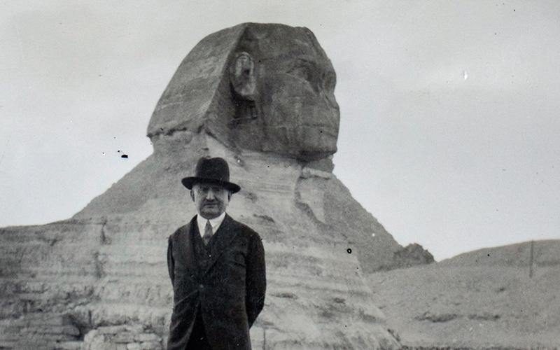 Calouste Sarkis Gulbenkian durante uma viagem ao Egito, em 1930