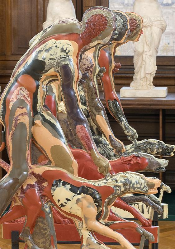 Aspeto da exposição«Esculturas Infinitas» na École nationale supérieure des Beaux-Arts de Paris. Fotografia: Nicolas Brasseur