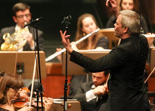 Orquestra Gulbenkian e Hannu Lintu
