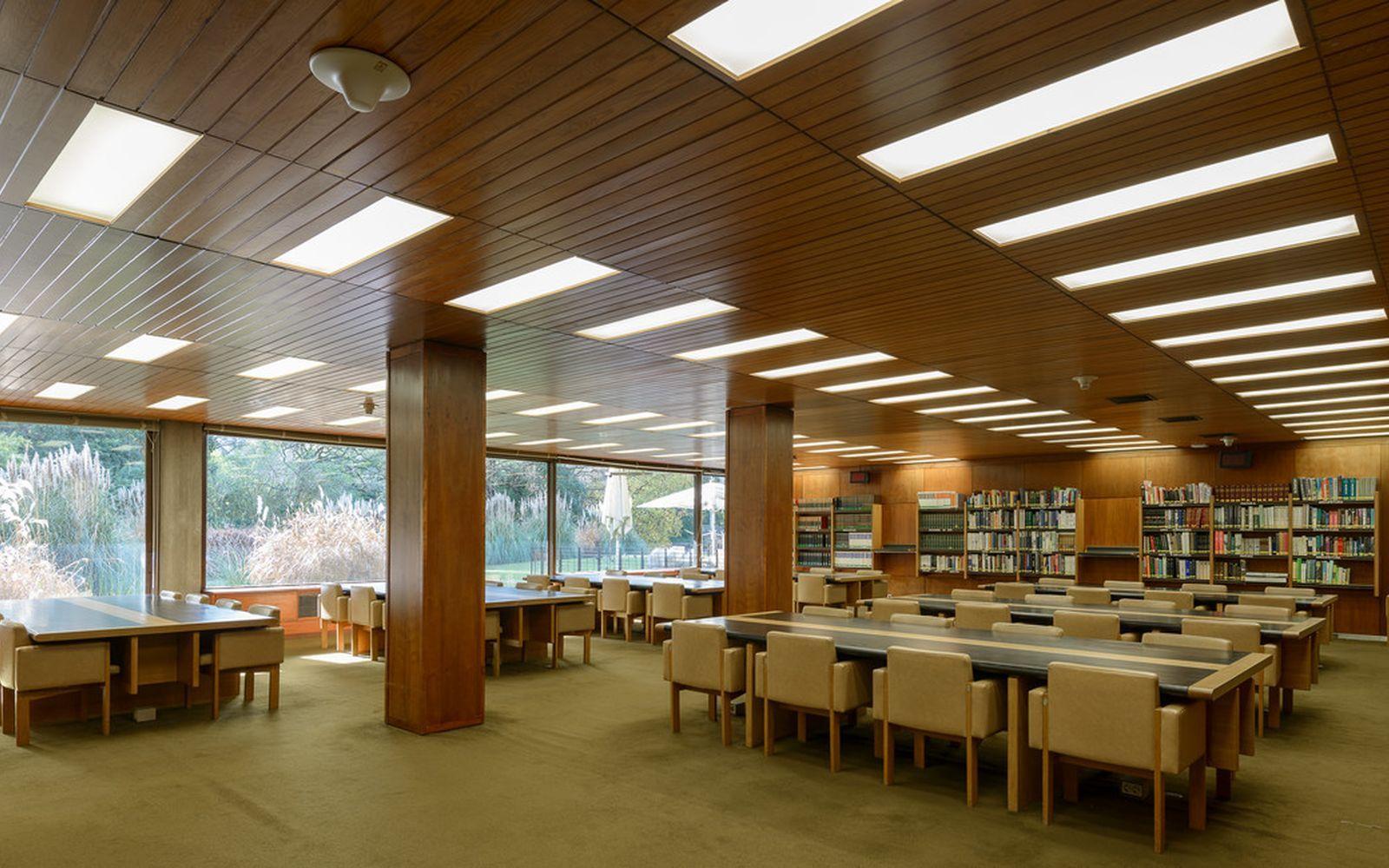 Biblioteca de Arte - Sala de Leitura © Ricardo Oliveira Alves