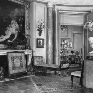 Collecting: modus operandi, 1900-1950